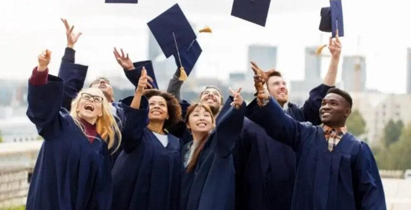 How to Apply for Scholarship in Canada: Steps Made Easy